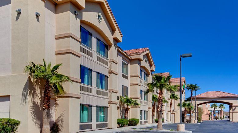 "Holiday Inn Express  and  Suites Marana Exterior. Images powered by <a href=""http://www.leonardo.com"" target=""_blank"" rel=""noopener"">Leonardo</a>."