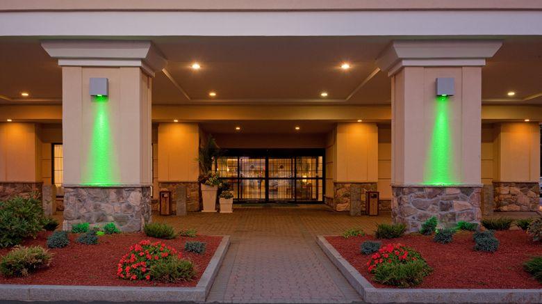 "Holiday Inn Hotel  and  Stes Boston -Peabody Exterior. Images powered by <a href=""http://www.leonardo.com"" target=""_blank"" rel=""noopener"">Leonardo</a>."