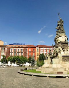 Hotel Boutique Colon Plaza