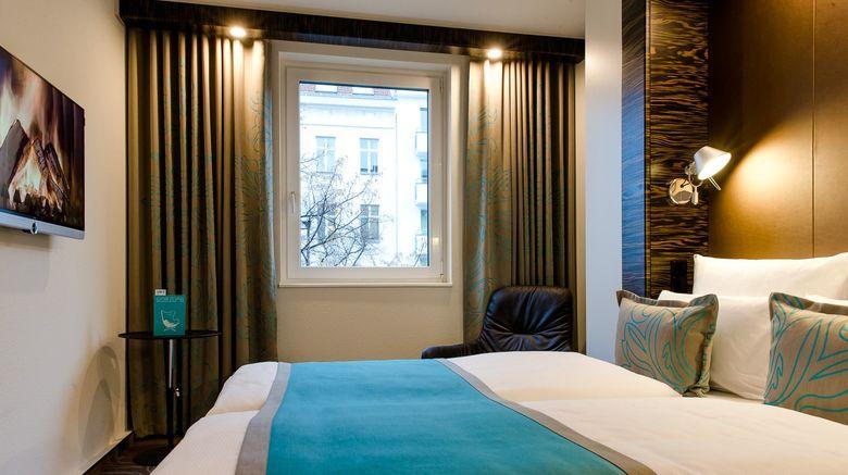 "Motel One Berlin-Bellevue Room. Images powered by <a href=""http://www.leonardo.com"" target=""_blank"" rel=""noopener"">Leonardo</a>."