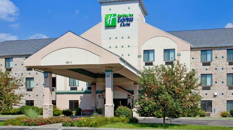 "Holiday Inn Express Elkhart Exterior. Images powered by <a href=""http://www.leonardo.com"" target=""_blank"" rel=""noopener"">Leonardo</a>."