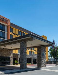 Fairfield Inn & Suites Central