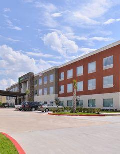 Holiday Inn Express & Suites Houston E