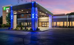 Holiday Inn Express Naperville