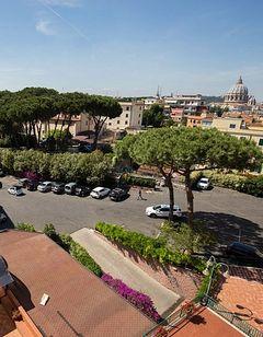 Hotel Casa Tra Noi Roma