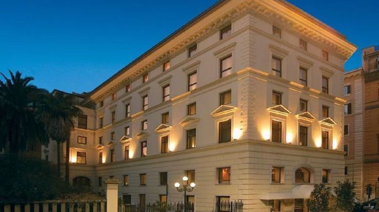 "Londra  and  Cargill Hotel Exterior. Images powered by <a href=""http://www.leonardo.com"" target=""_blank"" rel=""noopener"">Leonardo</a>."