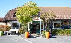Farmhouse Innlodge Hotel