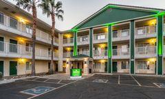 HomeTowne Studios Phoenix - West