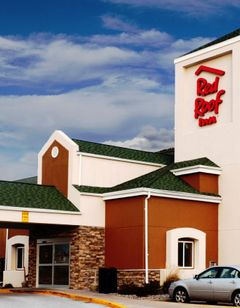 Red Roof Inn Fargo – 1-94/Medical Center