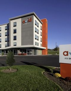 avid hotel Staunton