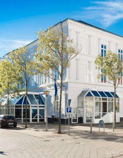 Phonix Hotel