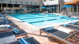 Holiday Inn Kuwait Pool