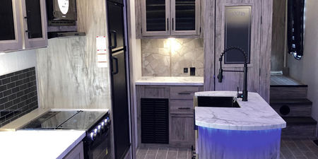 2021-FOREST RIVER-CHEROKEE ARCTIC WOLF-291RL-Forest River Inc.-For Sale