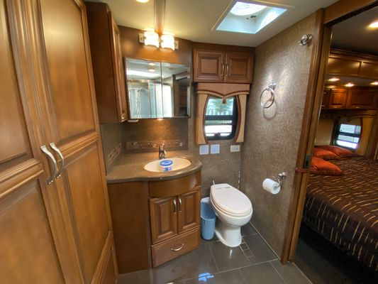 2011 NEWMAR MOUNTAIN AIRE(Stock # UCV0231)