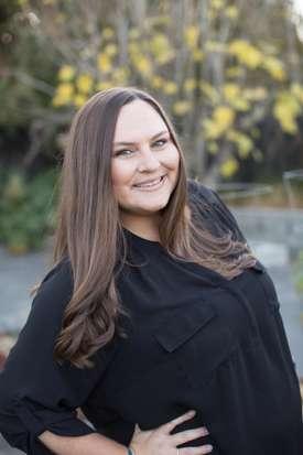 Photo of Jennifer Bowes