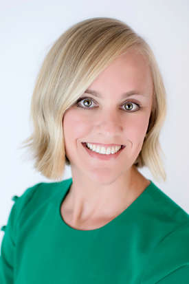 Photo of Lauren Dial