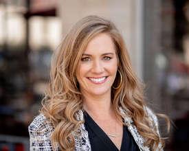 Photo of Kristen Abell