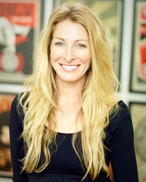 Photo of Amanda Robertson