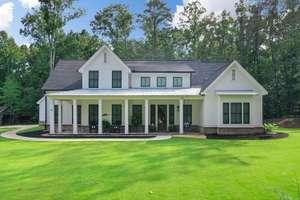 Southern Living Modern Farmhouse