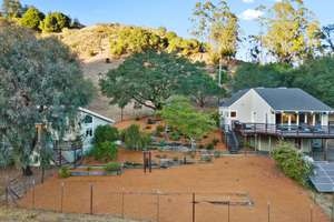 Spectacular Views in The Soquel Hills
