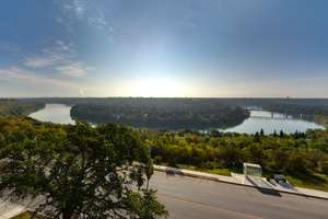 Cromdale condo with spectacular views!