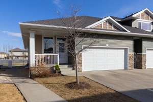 Gorgeous end unit bungalow townhouse in Elsinore