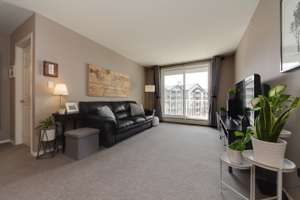 Well cared for, top floor condo unit in Sherwood Park