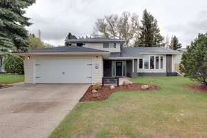 Beautifully renovated family home in Brookside