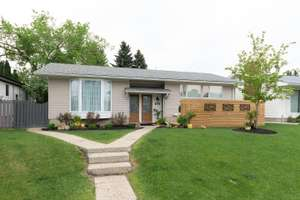Fully renovated bungalow with LEGAL basement suite in Greenfield