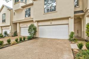 Update Townhome in Addison