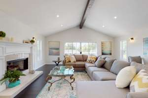Just Staged By Laguna Staging!