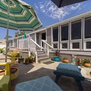 Enjoy Outdoor Living at Lakeshore Gardens