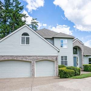 Perfect Family Home in the Heart of West Linn