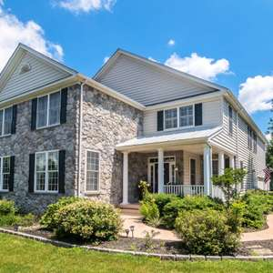 Sought-After Windham Community & Downingtown East Schools