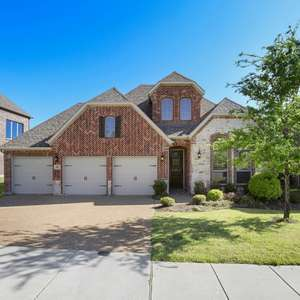 BE THE LUCKY PERSON THAT GETS THIS 4 BEDROOM HOME ON A QUARTER ACRE BACKING UP TO A CREEK IN QUAINT TIMBERRIDGE OF MCKINNEY WITH PROPER ISD SCHOOLS.