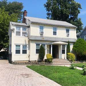 3BR/2.5 Bath Colonial on one of the Nicest Streets in Long Branch
