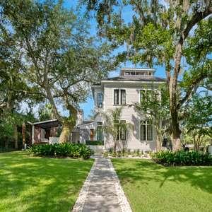 Exquisite Modern Estate!