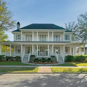 Beautifully Renovated Parkside Estate