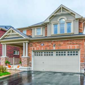 Beautiful Upgraded Family Home in Duffin Heights