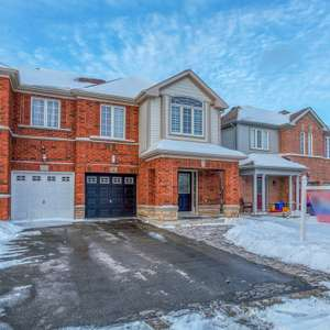 Family Home in Desirable Northeast Ajax Community
