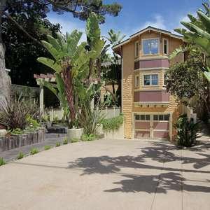 Stunning Depot Hill 4 Bedroom, 3.5 Bath, Entertainers Dream