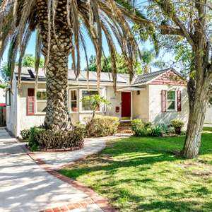 Welcome home to this hidden gem in the heart of the highly sought after Valley Glen Community.