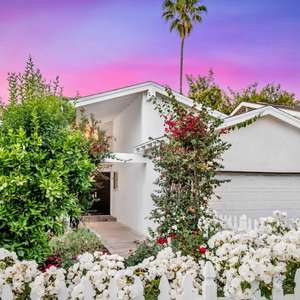 Encino, So. of The Blvd. - Exquisite Mid-Century Modern Pool Home