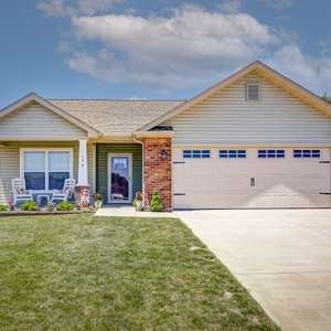 Gorgeous Villa in an Exclusive Community for Older Adults