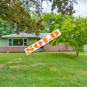 Classic 50's Ranch in Beaverton with all the details