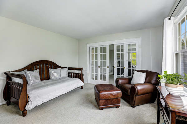 BEDROOM WITH FRENCH SLIDER TO LEISURE ROOM/OFFICE