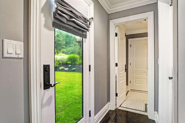 MASTER SUITE WITH DOOR TO BACKYARD