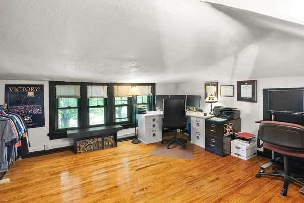 5th Bedroom/Office/Family Room