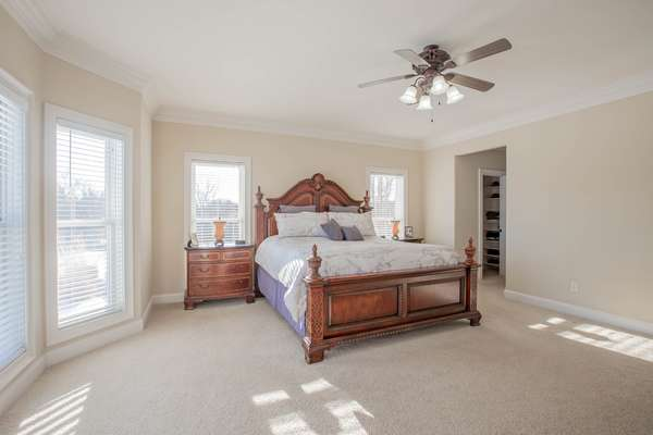 Bay Window and Crown Molding