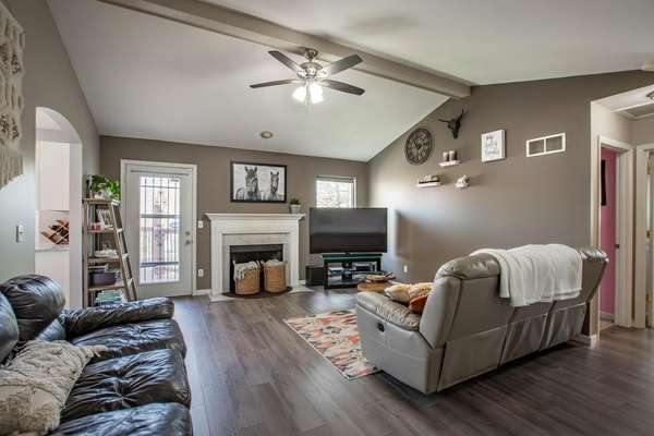 Vaulted Family Room